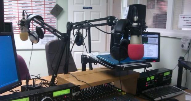radio-studio-620x330